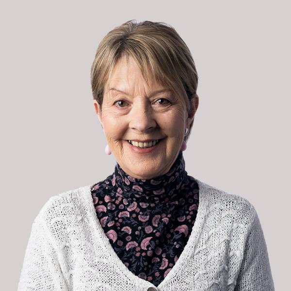 Joan McKnight